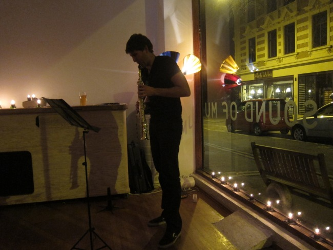 From solo show of original compositions and improvisations at Sound of MU in Oslo, Norway
