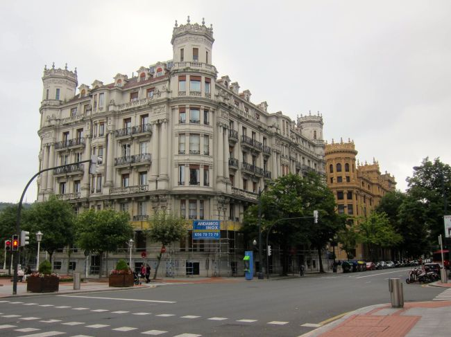 BIlbao Castley looking buildings