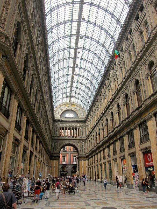 Galleria Umberto inside 2