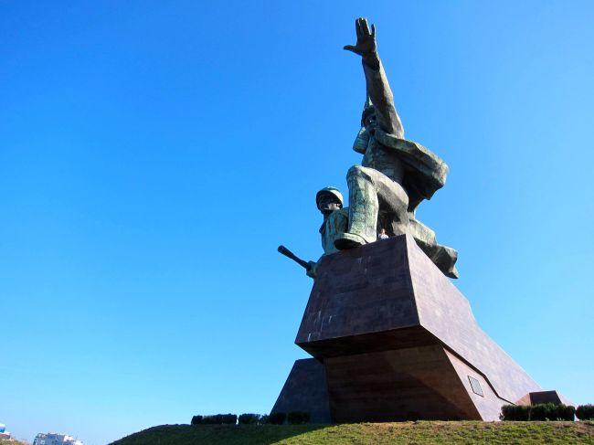 Sevastapol statue 2