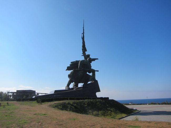 Sevastapol Statue