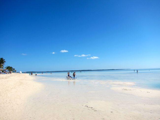 cocoa cay beach