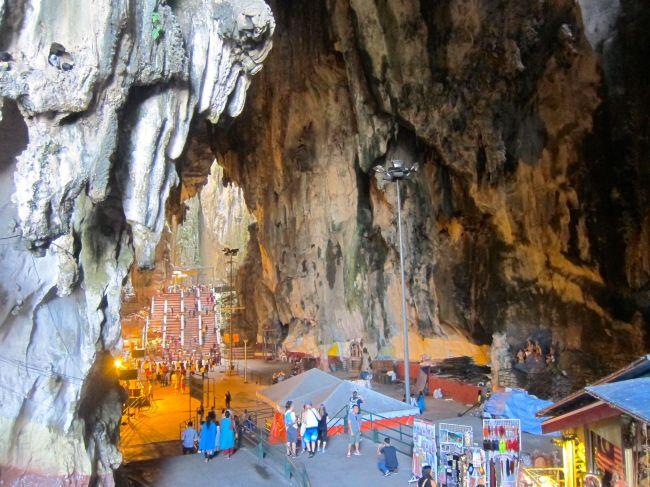 Vatu Caves 5